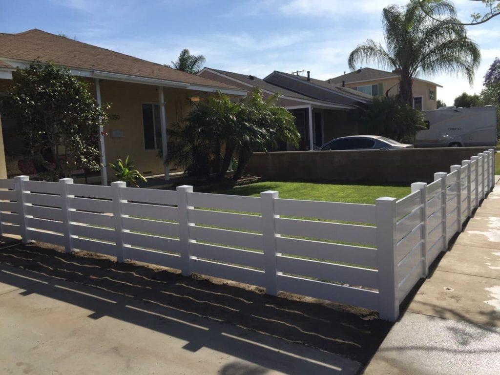 vinyl-fencing-in-La-Crescenta-Montrose