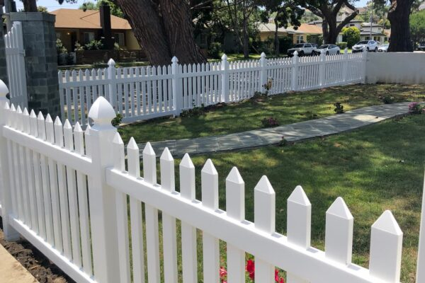 Vinyl Picket Fence Mar Vista, Los Angeles