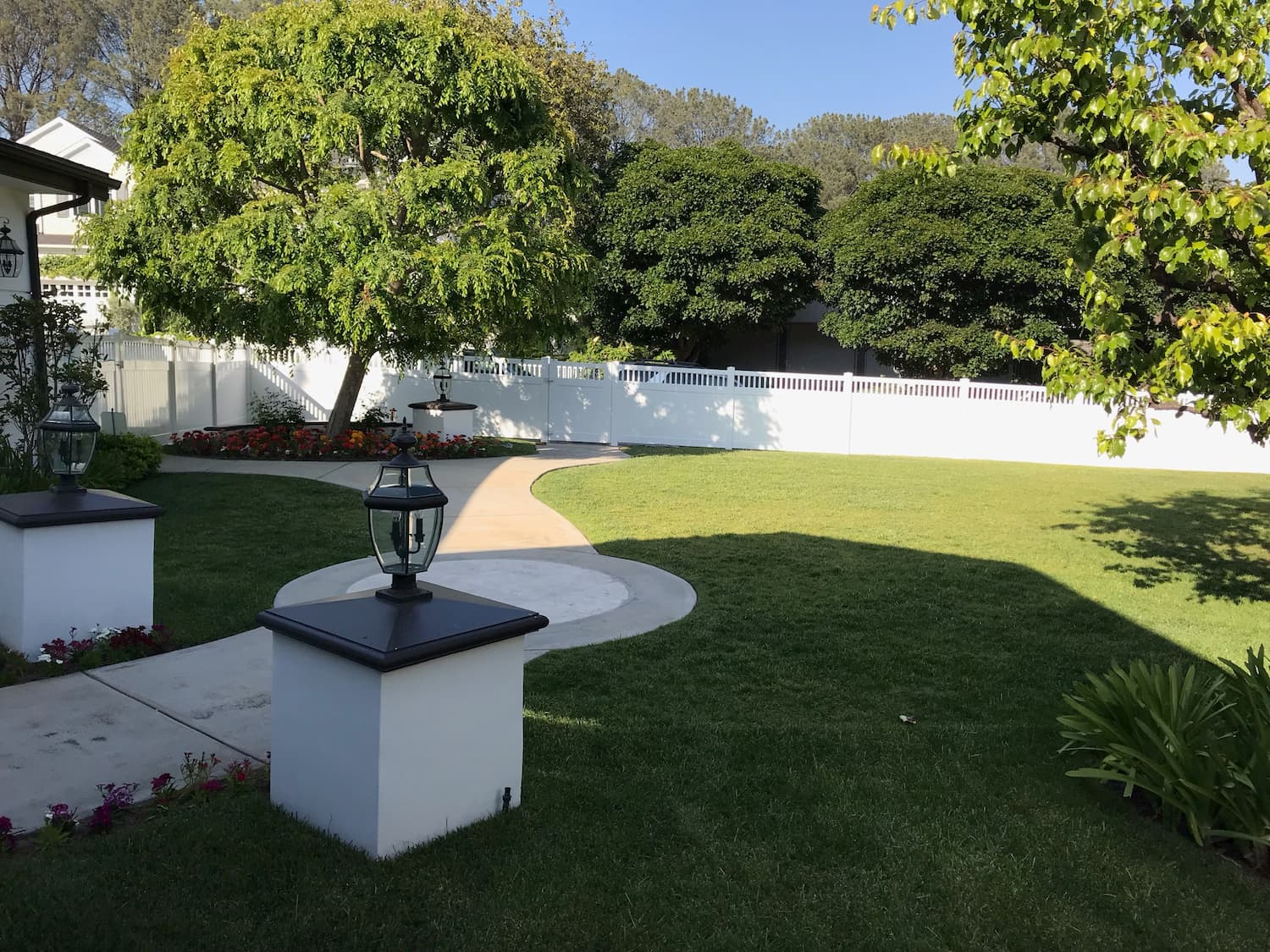 Vinyl Semi-Privacy Fence Los Angeles